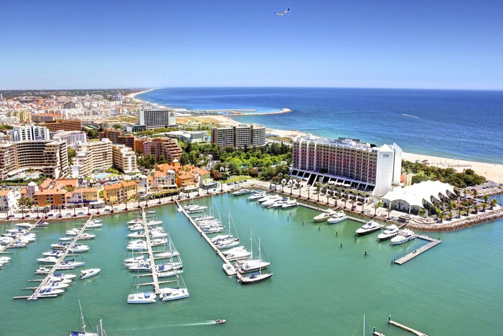 Sunny Algarve, exquisite location on Portugal, the best european destination 2017