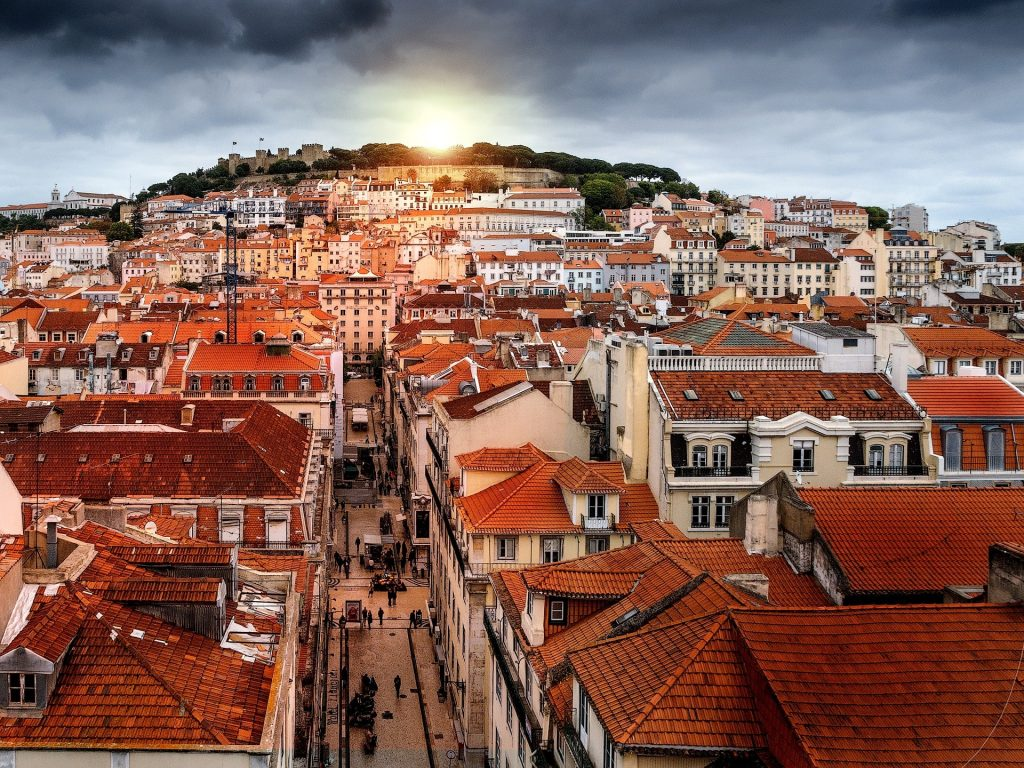 Best real estate investor visa opportunities in Portugal. Market growing 7 to 8% in the next two years.